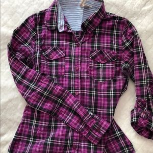 Purple/pink plaid long sleeve shirt -size(S)